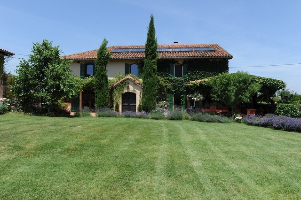 BEAUTIFUL HOME WITH POOL FOR SALE IN GASCONY, SOUTH WEST ...