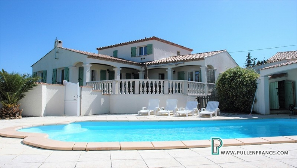 Stunning Villa On Large Plot With Pool And Breathtaking 180° views in Gasparets, Corbieres
