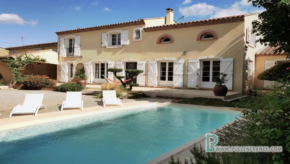 Mediterranean Detached Home With Garden And Pool Close To Mediterranean Coast in Aude, Languedoc-Roussillon