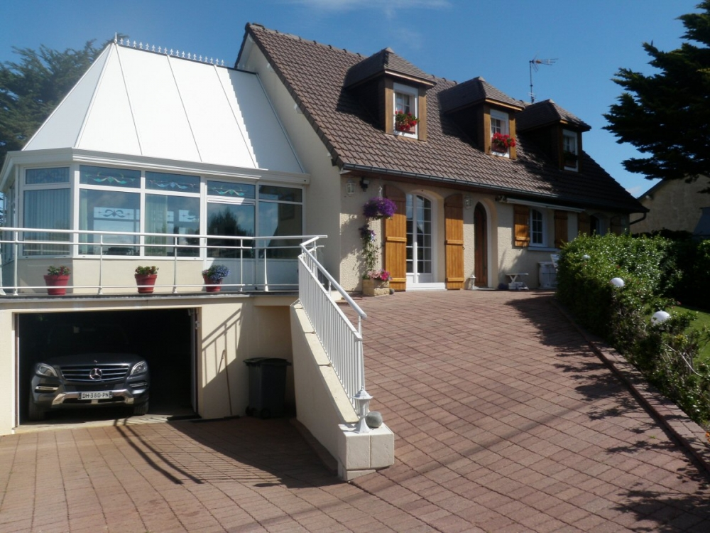 Beautiful House Situated Just 200m From the Sea at Denneville Plage, Manche