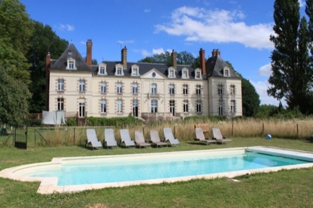 Fantastic Chateau with Pool in St Florentin, Yonne, France
