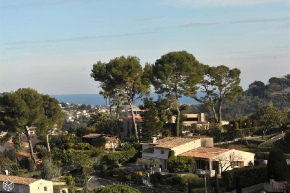 FOR SALE - C​onstructible 2080m2 Land in Vallauris , Alpes Maritimes, France