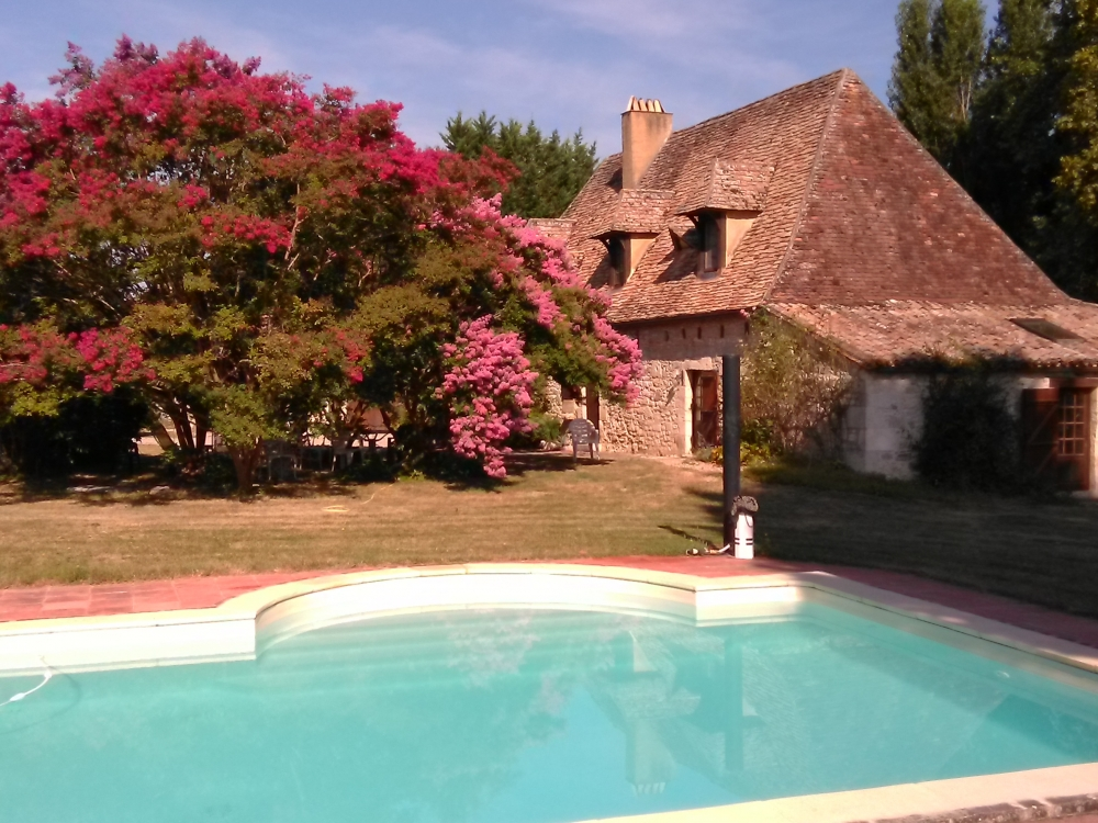 Authentic Four bedroom 'Perigourdine' Farmhouse Near Villereal, Bergerac and Issigeac
