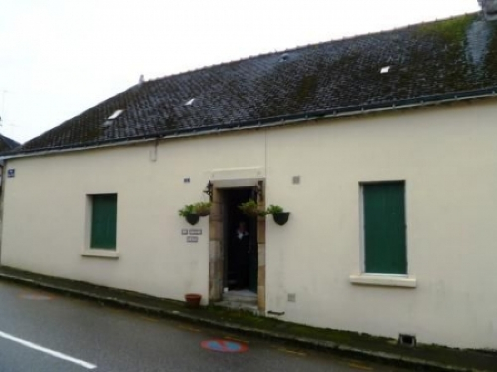 Guemene sur Scorff Holiday Home for sale