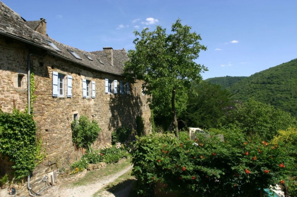 Historic Manor House, Outbuildings, Pool, Workshop, Barn with Planning