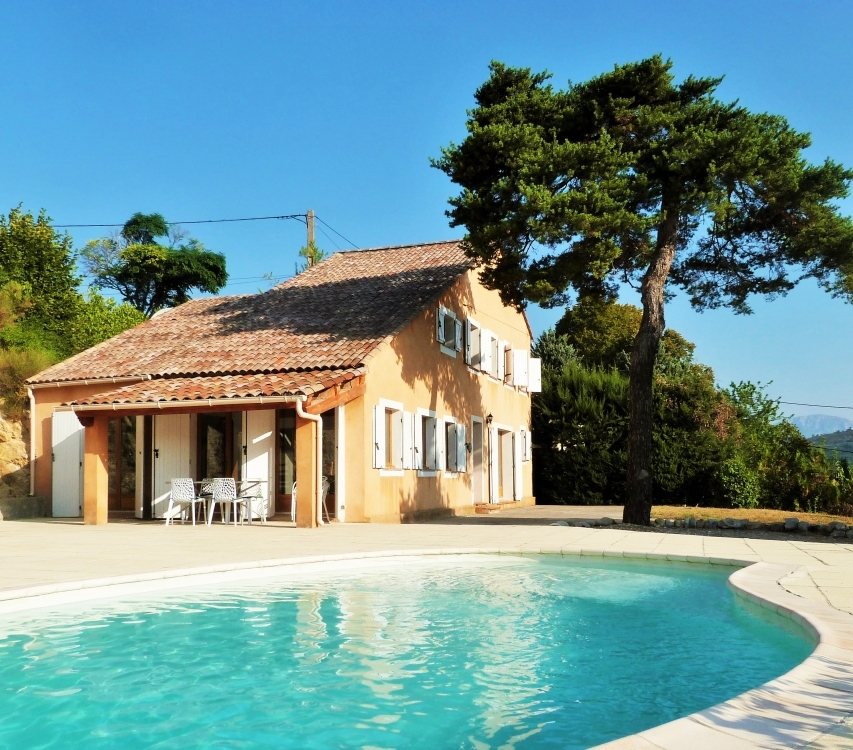 Beautiful Comps-sur-Artuby Villa with Private Pool For Sale - Provence, France